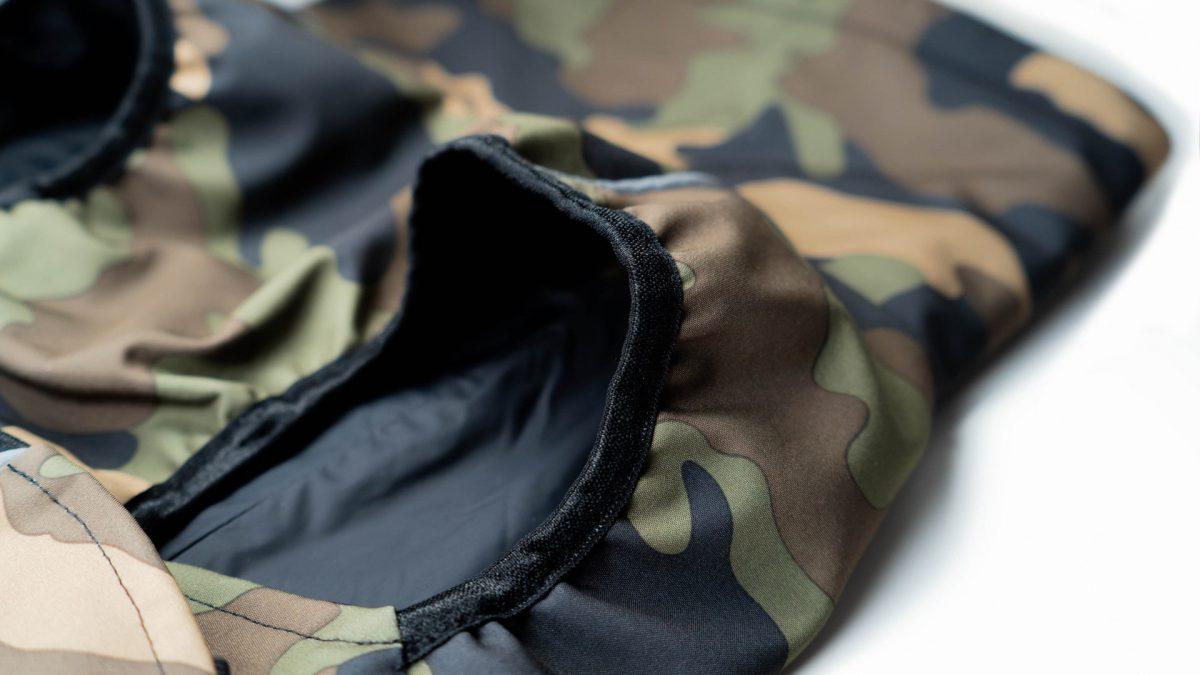 Oblačilo za pse dežni plašček veliki Vojašček detajl2